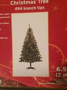 Sapin de Noël lumières intégrées et village de Noël