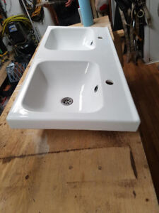 Two large sinks IKEA ODENSVIK