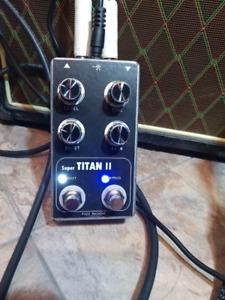 Spaceman Titan II Fuzz Pedal clone