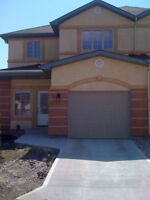 Spacious 2 Bedroom 1550sqft townhouse
