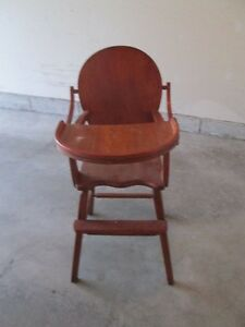 Antique Highchair Cornwall Ontario image 1