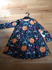 Girls age 4-5 Halloween dress new with tags