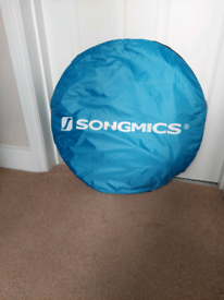 Camping toilet/shower pop up tent