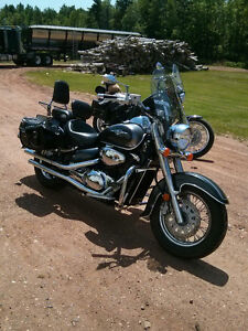 Reduced!!  Suzuki Boulevard C50...great bike...great deal