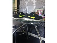 5.5 toddler Nike trainers