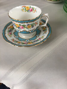 3 china cups