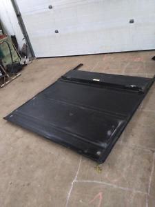 Ford Super Duty Torneau Cover