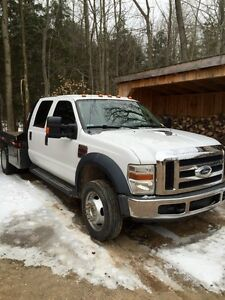 2008 Ford F550 Diesel 4x4 Crew cab fully loaded flatbed trade