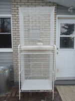 GRANDE VOLIERE DOUBLE / DOUBLE CAGES WITH RACK
