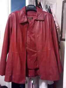 Ladies red leather jacket size LG in excellent condition