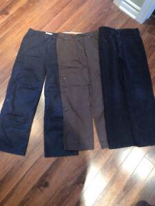 Lot de 3 pantalons pour garçon (grandeur 12 ans)