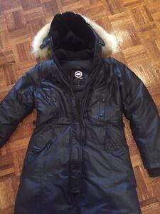 Canada Goose Ladies black special edition Kensington Small.