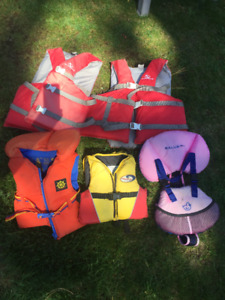 WATERSPORTS LIFE JACKETS