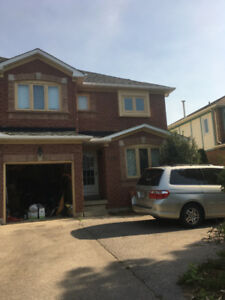 3-Bdrm Executive Home in Oakville Trafalgar High School District