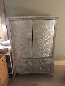 Modern Armoire Dresser and Beside Table Bedroom Set for Sale
