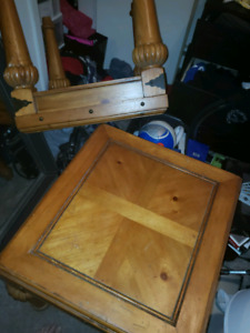 Solid wood coffee table + 2 side tables