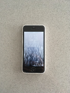 iPhone 5c white, locked to Bell