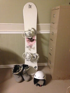 Snowboard boots and helmet London Ontario image 1