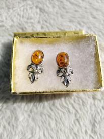 Silver/Amber earrings-new!