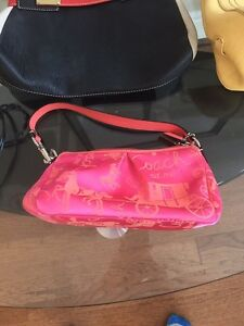Cute hot pink and orange small hand purse COACH