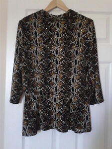 Sleeveless top and jacket size 16 - LIKE NEW Kitchener / Waterloo Kitchener Area image 2