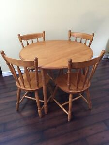 Table and 4 chairs - solid wood