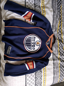 Women's oilers jersey small