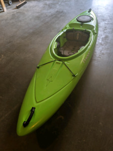 Dagger Approach Kayak For Sale