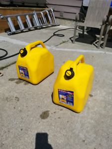 20L Jerry Cans