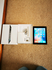 Ipad 2 with box and charging plug and lead
