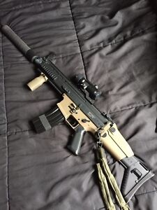 Airsoft VFC Scar L with attachments