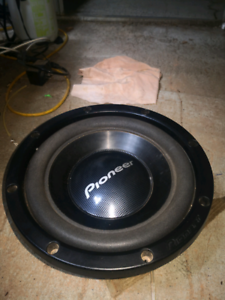 pioneer 800w subwoofer no box just the sub