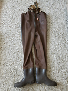 Red Ball Insulated Chest Waders Size 12