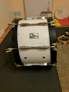 Pearl 20 inch marching bass drum - as is