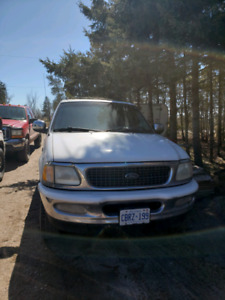 1998 Ford expedition 4x4 rust free