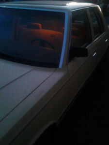 1985 Plymouth reliant 4 cylinder 4 London Ontario image 7