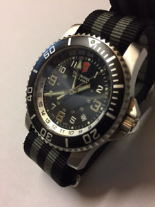 Victorinox Maverick 2 GMT Diver Watch Mint!