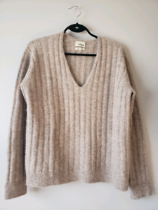 Aritzia Wilfred Free Yarn Sweater Small