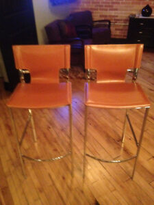 Pair of new, bar height leather stools! Cambridge Kitchener Area image 1