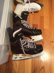 For sale Bauer Ice Skates for men - size 8.5