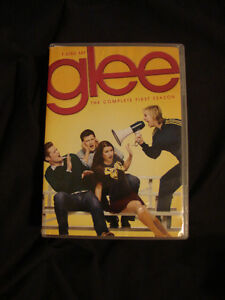 GLEE The Complete 1st Season 7 DVD disc set