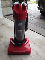 DIRT DEVIL DYNAMITE BAGLESS QUICKVAC FOR SALE