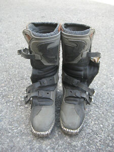 Thor riding boots
