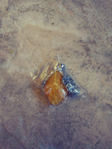 Amber Yellow Stone Necklace Brand New