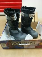 NEW men's winter work boots for only $49.00. Size 8. Never worn!