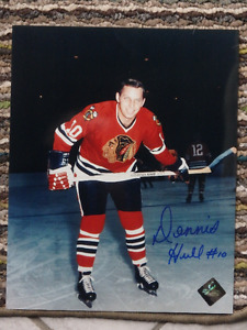 DENNIS HULL Chicago Blackhawks Autographed 8 X 10 Photo W/COA