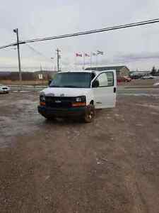 2006 Chevrolet Express GOOD 6.6L DURAMAX, TRANNY TROUBLES