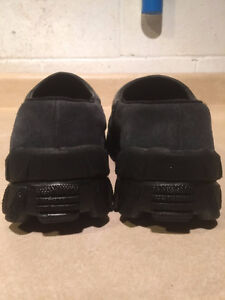Men's Sorel Slip-On Shoes Size 7 London Ontario image 2
