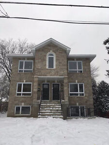 SPACIOUS CONDO FOR RENT IN LONGUEUIL