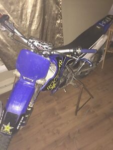 06 YZ85 with papers, and goodies